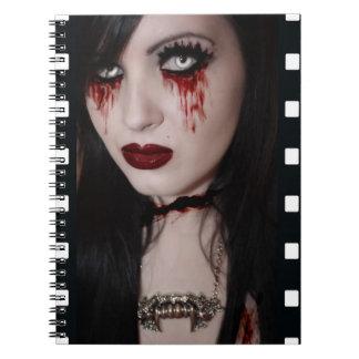 Shauna el cuaderno muerto