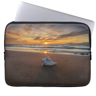 Shell At The Beach At Sunset | Kos Island Laptop Sleeve
