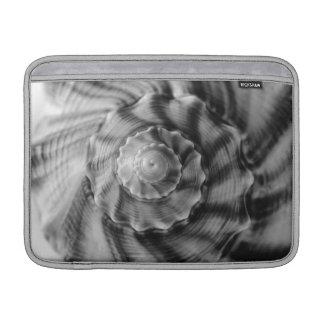 Shell espiral, manga de aire blanco y negro de Mac Funda MacBook