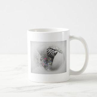 Shell surrealista taza clásica