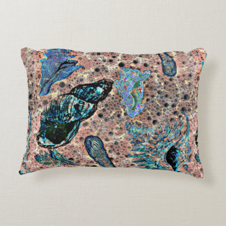 Shells and Droplets Patterned Decorative Pillow