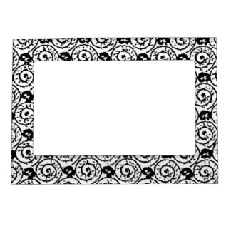 Shells and Flowers Black and White Magnetic Photo Frame