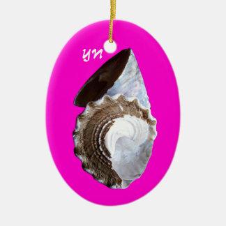 Shells monogram ornament