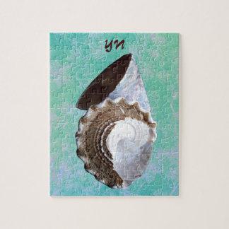 Shells monogram puzzle with tin