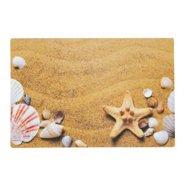 Shells on the beach placemat