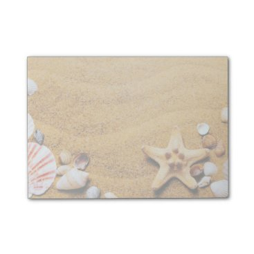 Shells on the beach post-it notes