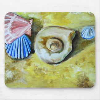 Shells on the sand mousepad