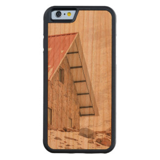 Shelter at Chimborazo Mountain in Ecuador Carved Cherry iPhone 6 Bumper Case