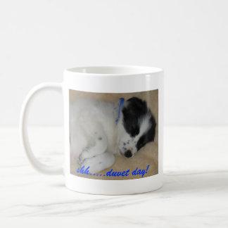 ¡shh ..... día del duvet! taza de café