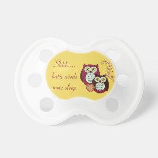 Shh… el bebé necesita algún pacificador del búho d chupetes para bebés