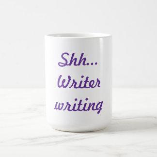 Shh… Estoy escribiendo la taza