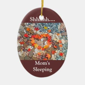 Shhh… Corazón colgante del ornamento el dormir de  Ornamento Para Arbol De Navidad