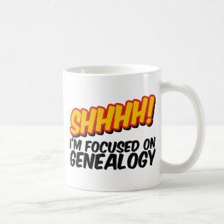 ¡Shhhh! Centrado en la genealogía Taza