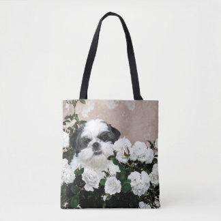 Shih Tzu in roses Tote Bag