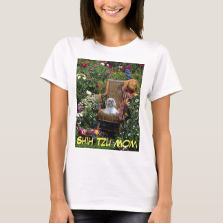 Shih Tzu Mom T-Shirt Garden