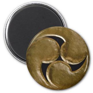 Shinto symbol magnet