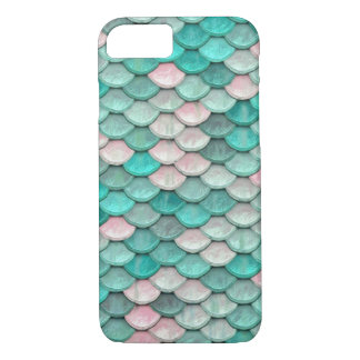Shiny Fish Scales Effect Pattern Green Pink iPhone 7 Case