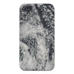 Ship-wave-shaped wave clouds 2 iPhone 4/4S cover
