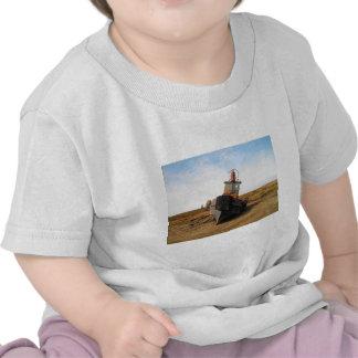 SHIP WRECK in kotz ak Tee Shirt