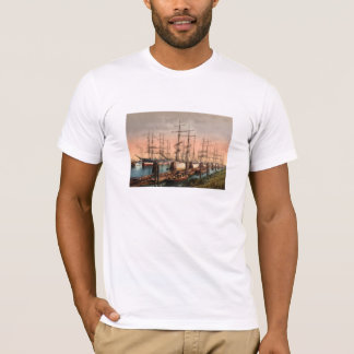 Ships in Hamburg Harbour, Germany T-Shirt