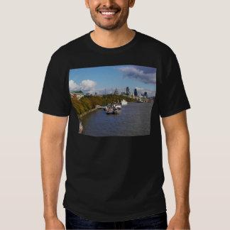 Ships on the Thames. Tee Shirt