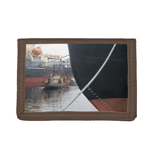 Ships  trifold wallet