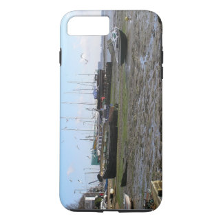 shipwrecked boats at low tide iPhone 7 plus case