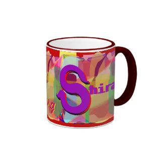 Shira personalizó la taza
