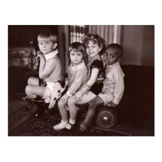 Shirley Temple and Gang.jpeg Postcard