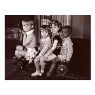 Shirley Temple y Gang.jpeg Postal