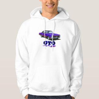 "Shirt with ""GTO"" design"