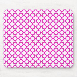 Shocking Pink Quatrefoil Pattern Mouse Pad
