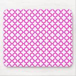 Shocking Pink Quatrefoil Pattern Mousepads