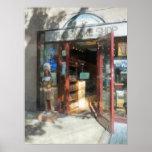Shopfronts - Smoke Shop Print
