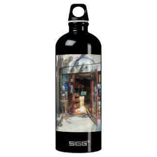 Shopfronts - Smoke Shop Water Bottle