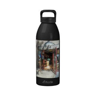 Shopfronts - Smoke Shop Reusable Water Bottle