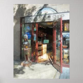 Shopfronts - tienda del humo póster