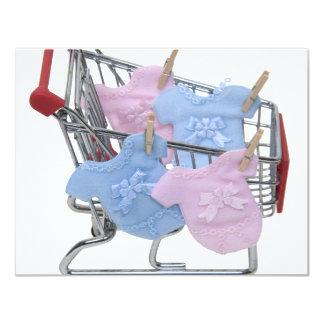 """ShoppingBabyClothes061509 Invitación 4.25"""" X 5.5"""""""