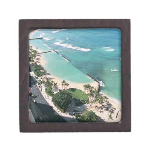Shore 6 premium gift box