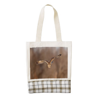 Short-eared owl diving towards the ground zazzle HEART tote bag