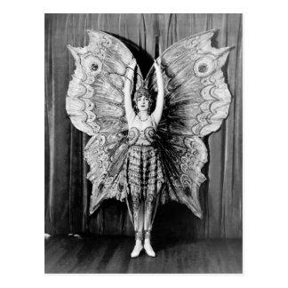 Showgirls - P0001501.Jpg Postcard