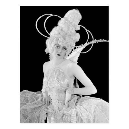 Showgirls - P0002749.Jpg Postcard