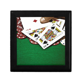 Showing cards green table poker jewelry box