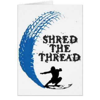 Shread de la persona que practica surf el hilo tarjeta de felicitación
