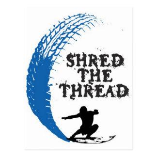 Shread de la persona que practica surf el hilo postal