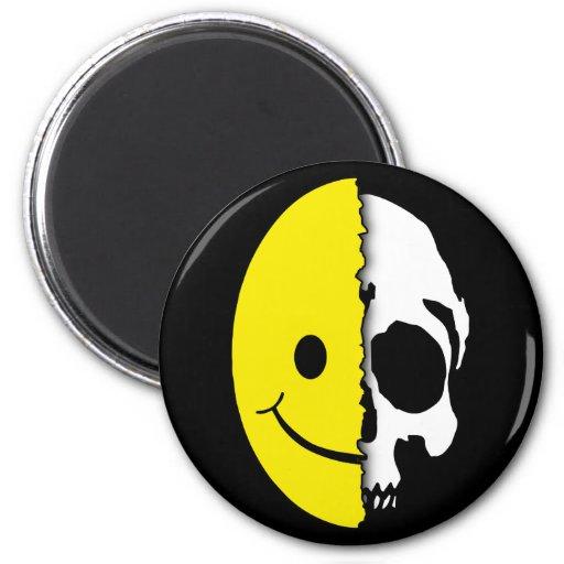 Shreaded Smiley Magnet