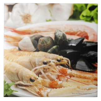 Shrimp and mussels tile
