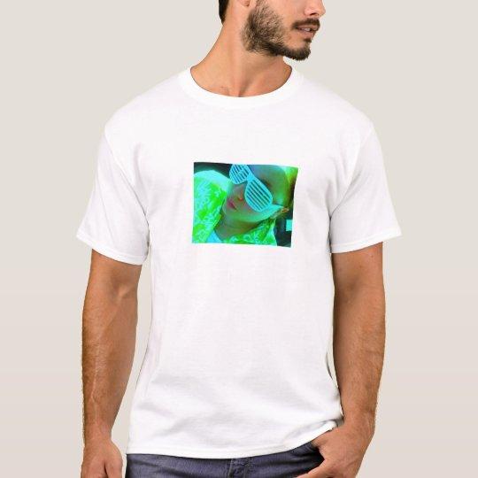 shudda shades T-Shirt