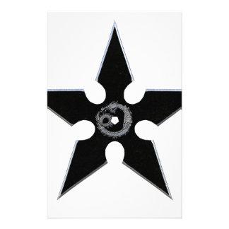 Shuriken negro con el dragón de plata papelería de diseño