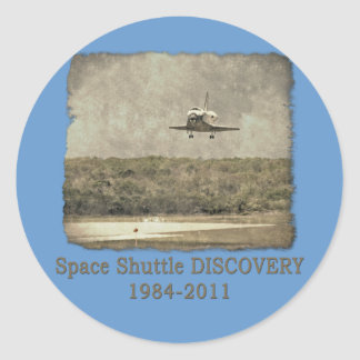 Shuttle DISCOVERY Final Landing Classic Round Sticker